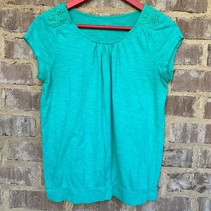Ann Taylor Loft teal cotton tee with lace detail
